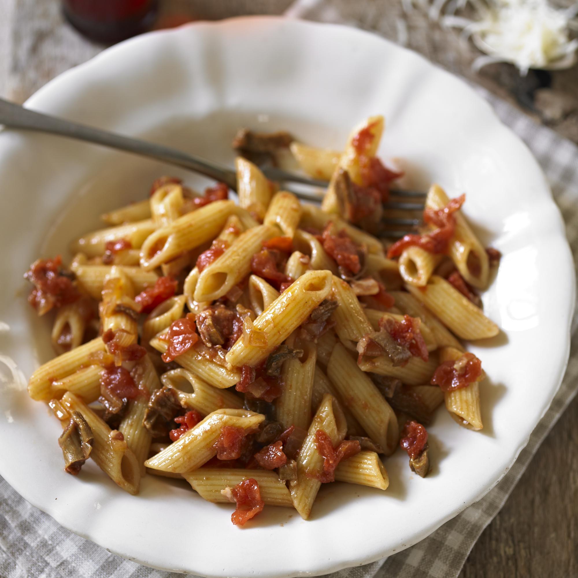 Penne-tomaten-porcini-paddenstoelen-saus